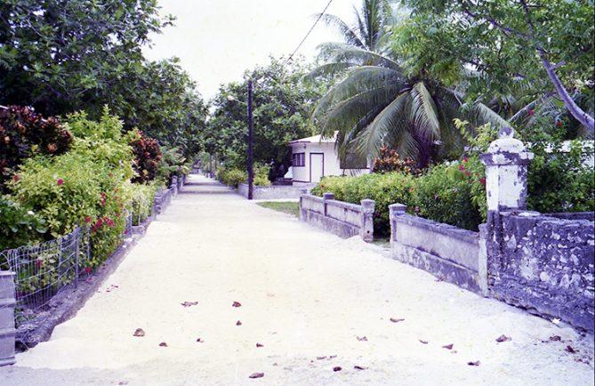 Village d'Hititake à Amanu en 1998 © Tahiti Heritage