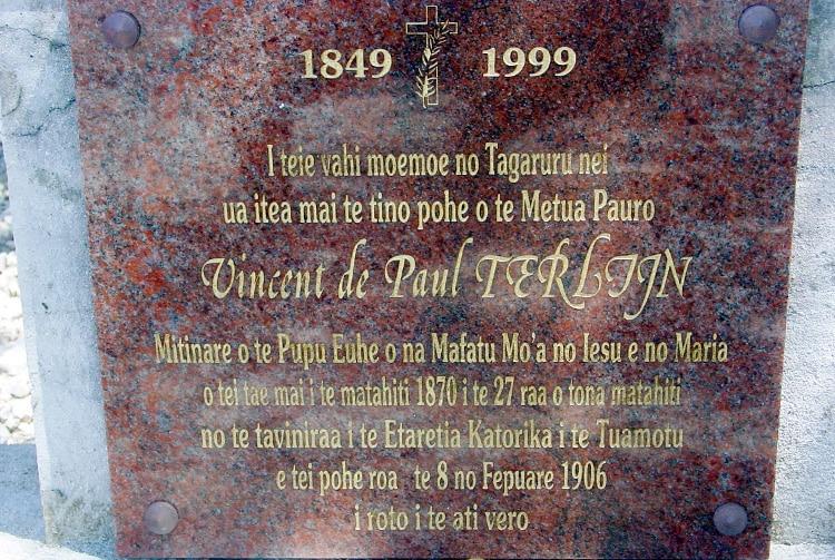 Tombe de Vincent de Paul Terlijn - Faaite