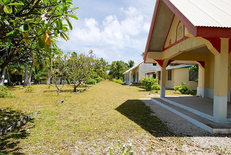 Village de Tetamanu, la place de l'église