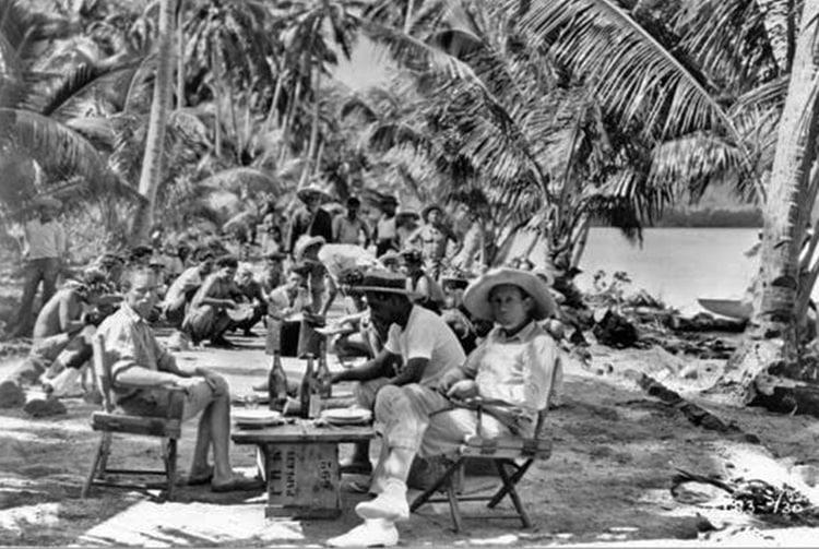 Tournage du film Tabou, une histoire des mers du Sud sur le motu Tabu de Bora Bora