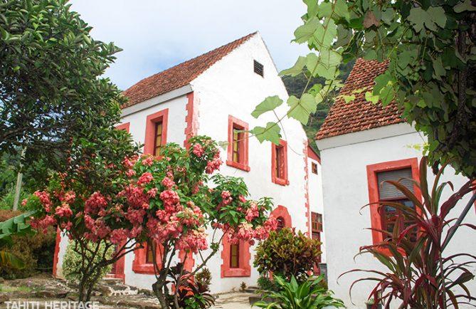 Evêché de Rikitea, Gambier. © Tahiti Heritage