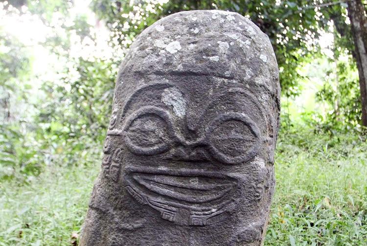 Tiki souriant d'Utukua, Hiva Oa