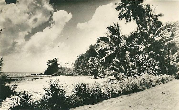 Le littoral d'Orofara et la pointe Tapahi à Mahina en 1940.
