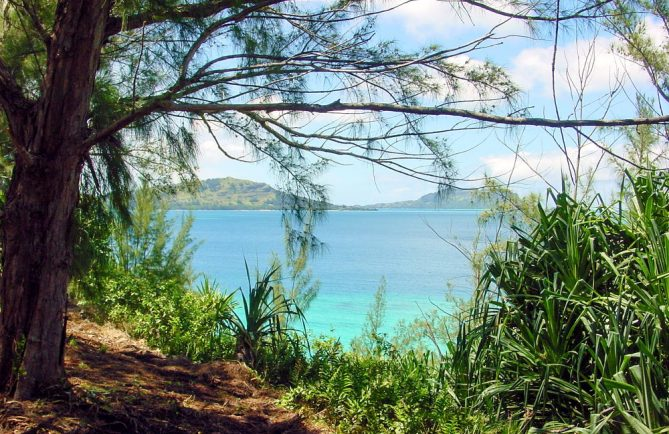 Belvédère du Cap Mata i'u tea, Mangareva. © Tahiti Heritage