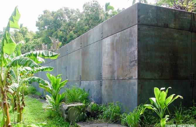 Ancien blockhaus du CEA de Taku à Mangareva en 2002