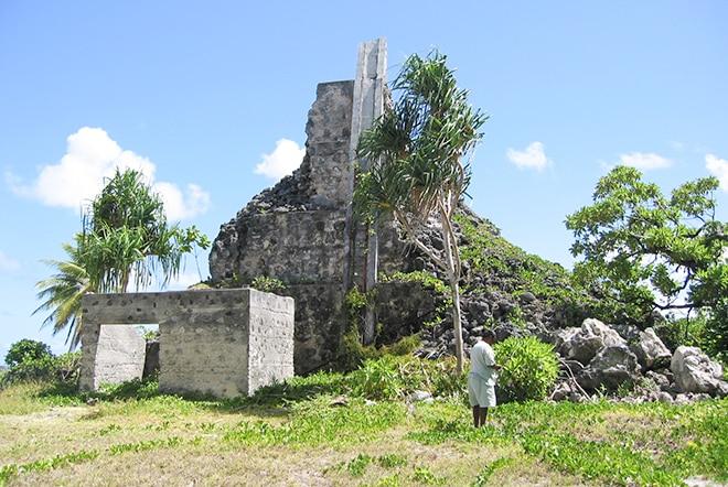 Ancien phare de Niau