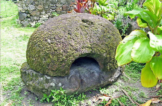 Four à pain de Akamaru, Gambier. © Tahiti Heritage