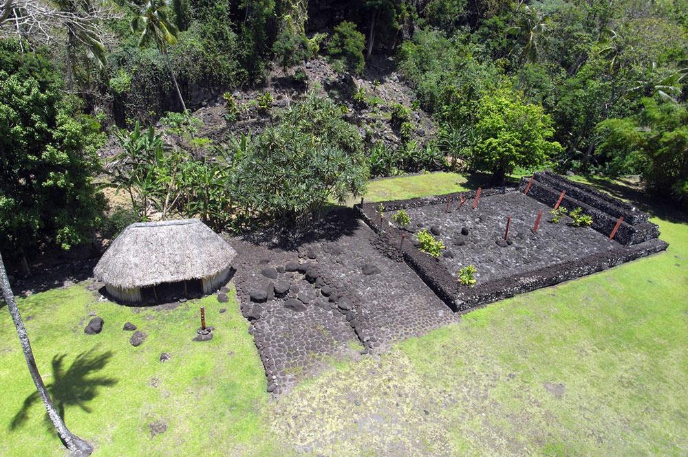 Marae Arahurahu de Paea. Photo Pierre Lesage