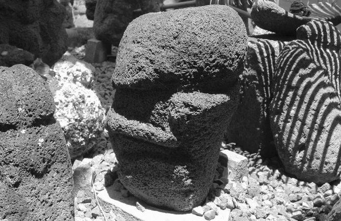 Tiki de Makatea © Tahiti Heritage