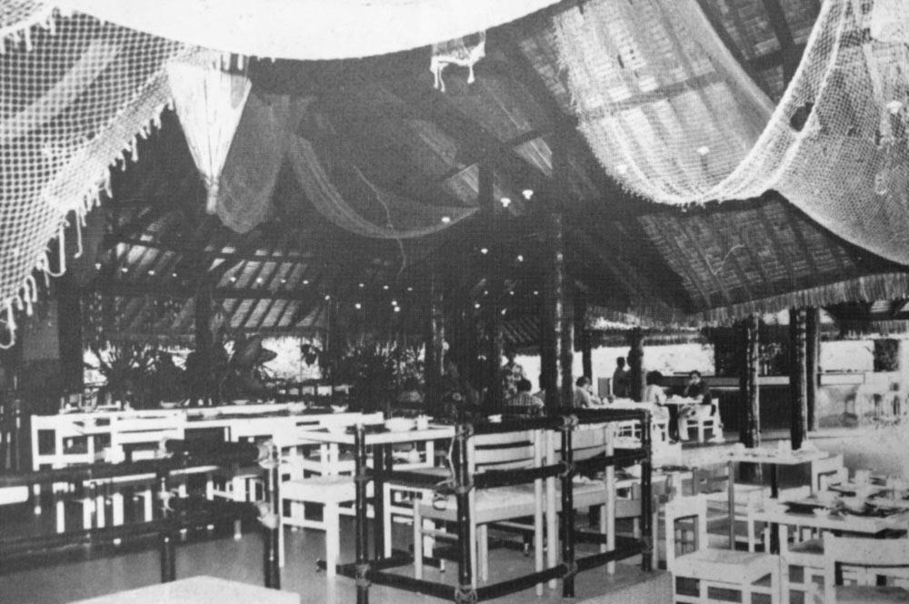 L'intérieur du Royal Papeete dans les années 1970