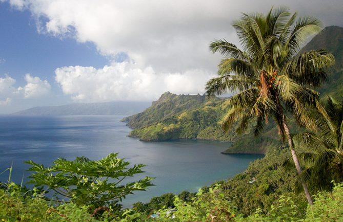 Baie de Hapatoni, à Tahuata