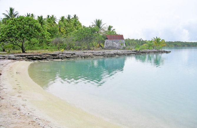 Citerne du lagon bleu de Takaroa