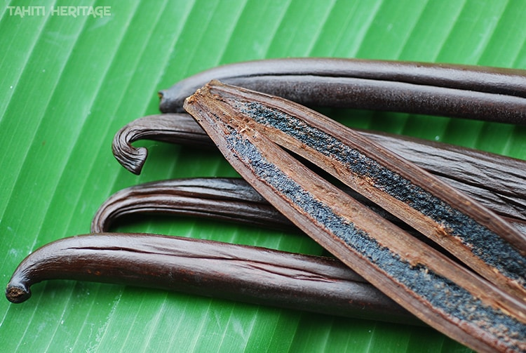 Vanille de Tahiti, gousses et grains © Tahiti Heritage