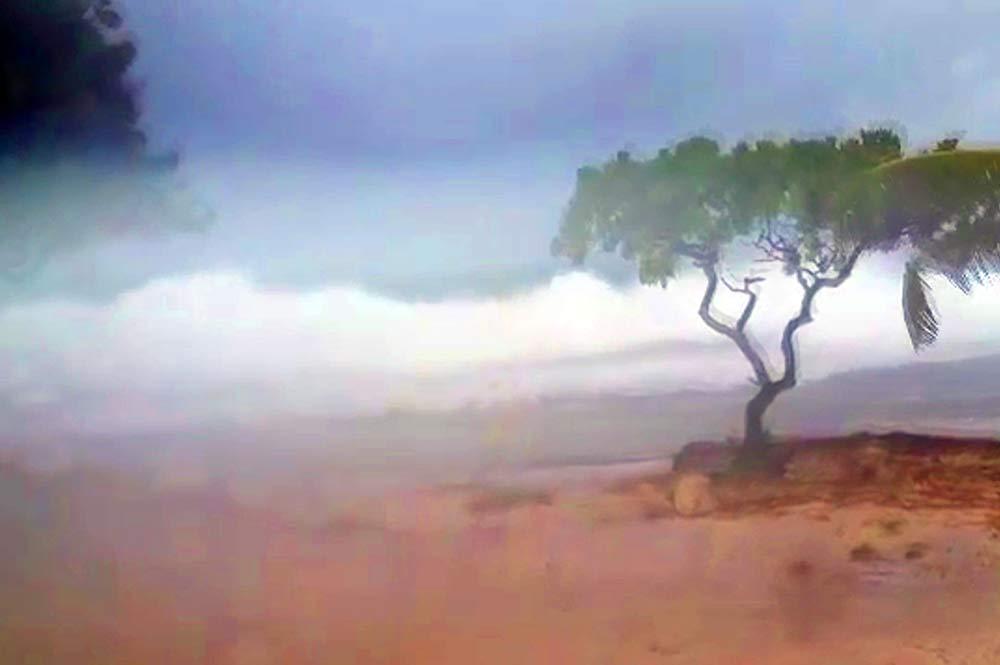 Tempête sur les Tuamotiu - Photo Estelle Halligan