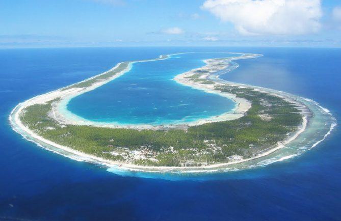 Atoll de Reao . Photo Mermoz