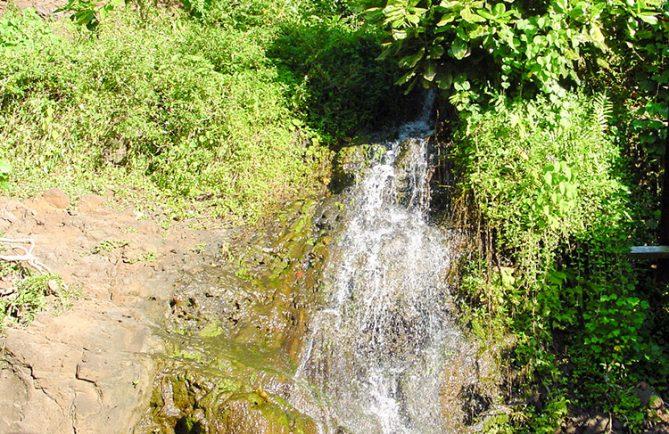Source Pati, Mahina