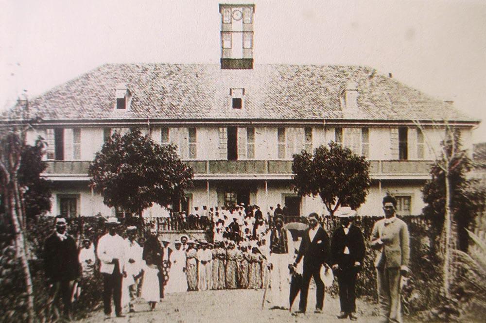 inauguration de l'évêché de la Mission, à Papeete en 1877.