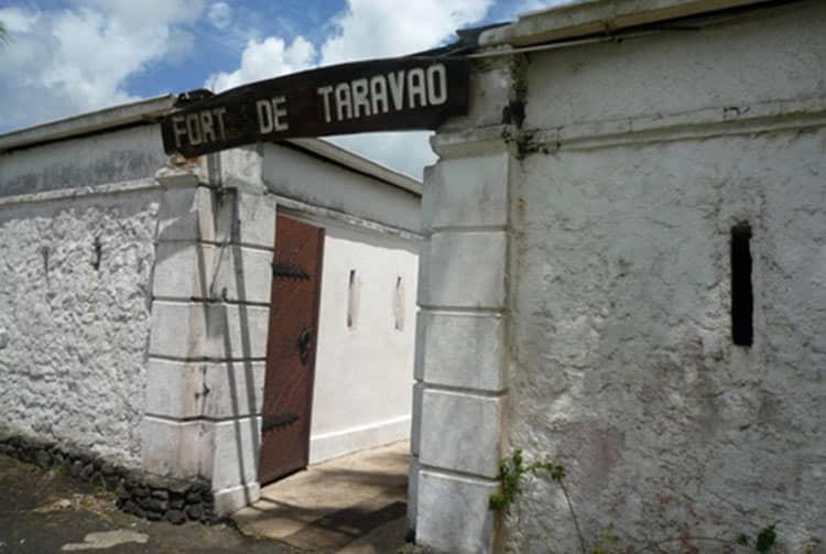 Entrée du Fort de Taravao, Taiarapu Est