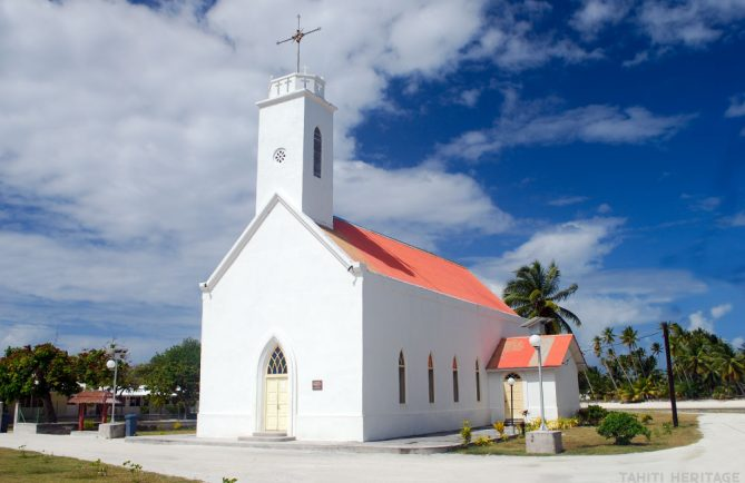 Eglise Saint-Dominique de Fangatau, Tuamotu. © Tahiti Heritage