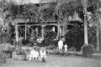 Maison blanche de la famille Brander à Hitimahana Mahina. Coll. Astrid Hoffman Brander