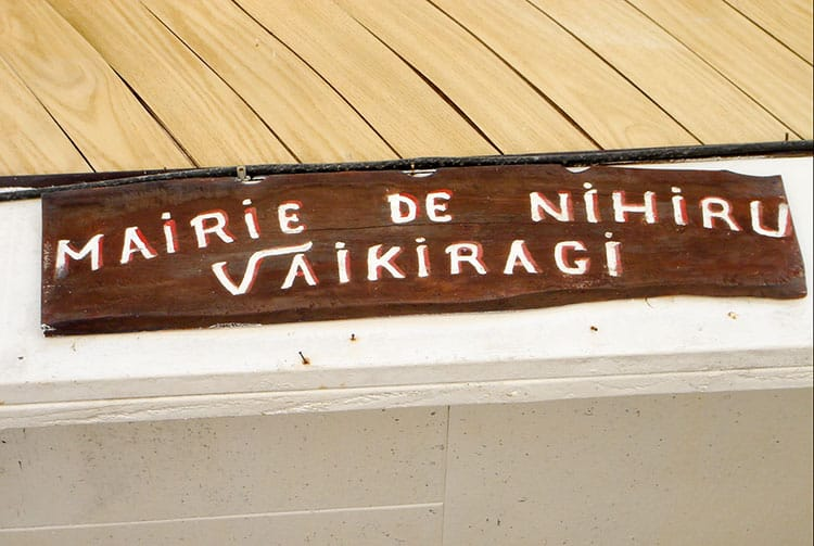 Panneau de la maire de Nihiru