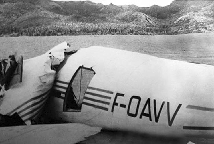 Epave du Catalina F-OAVV à Raiatea en février 1958