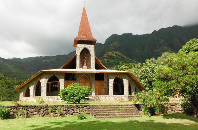 Eglise de la Sainte-Mère-de-Dieu, Vaitahu, île de Tahuata. Photo Purutaa