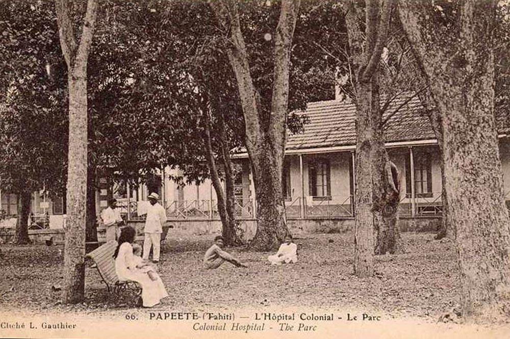 Le parc de l'Hôpital colonial Vaiami en 1906. Photo Lucien Gauthier