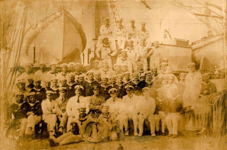 L'équipage du corsaire allemand Seeadler en 1917