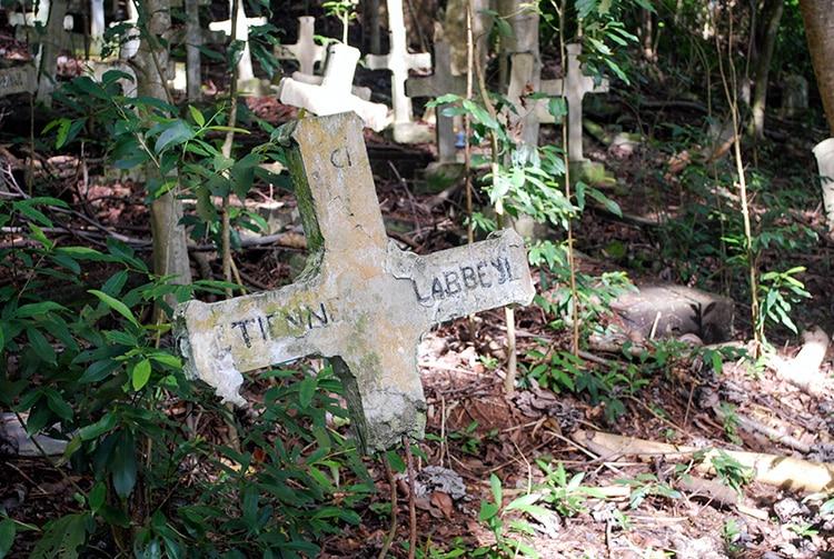 Ancien cimetière des lépreux d'Orofara, Mahina © Tahiti Heritage