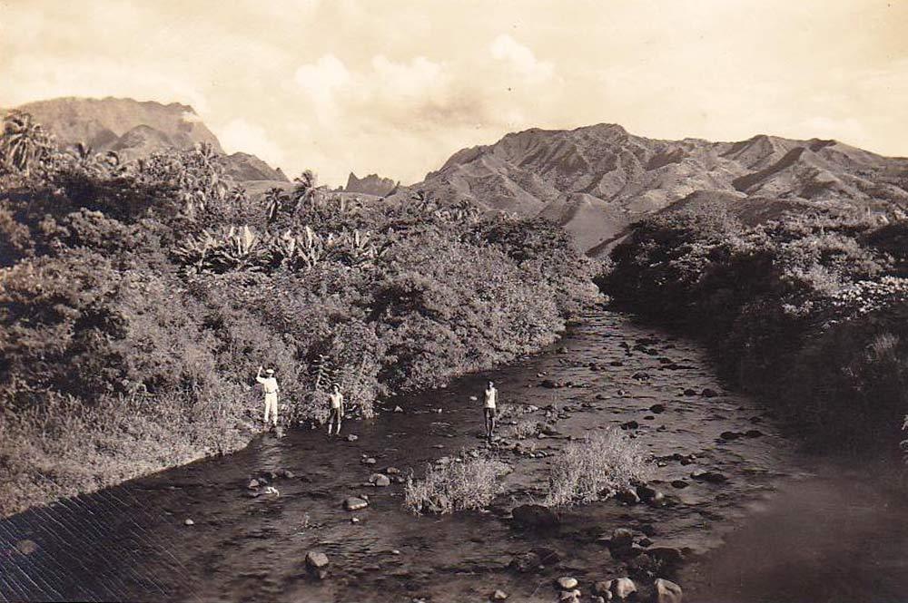 La rivière de la Fautaua vers 1910-1920