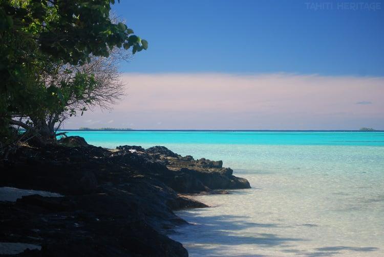 Plage de l'îlot Meriko, à coté de l'île d'Akamanu au Gambier © Tahiti Heritage