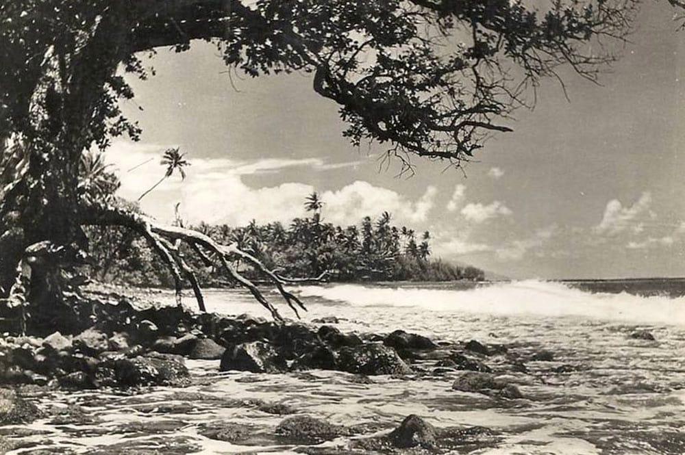 La plage Lafayette à Arue en 1955