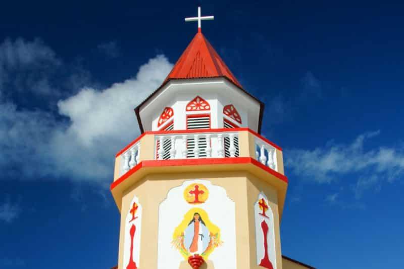 Clocher de la nouvelle église de Faaite