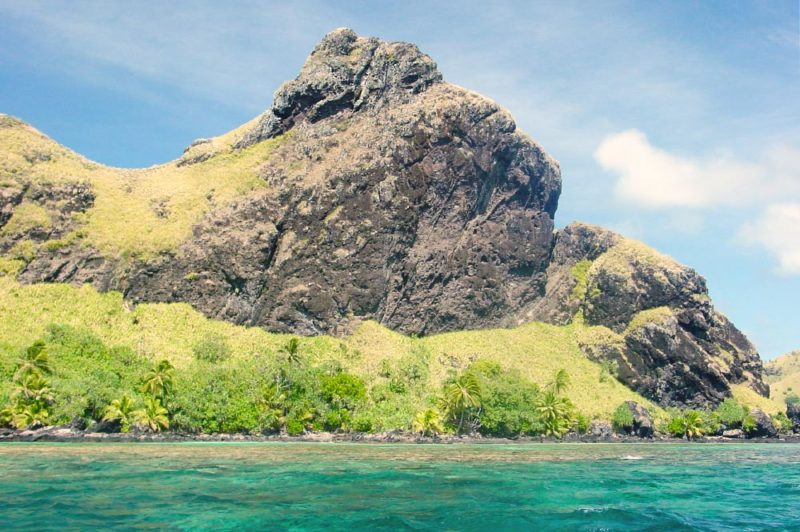 Ana Tetea, Grotte royale de l'îlot Agakauitai, Gambier. © Tahiti Heritage