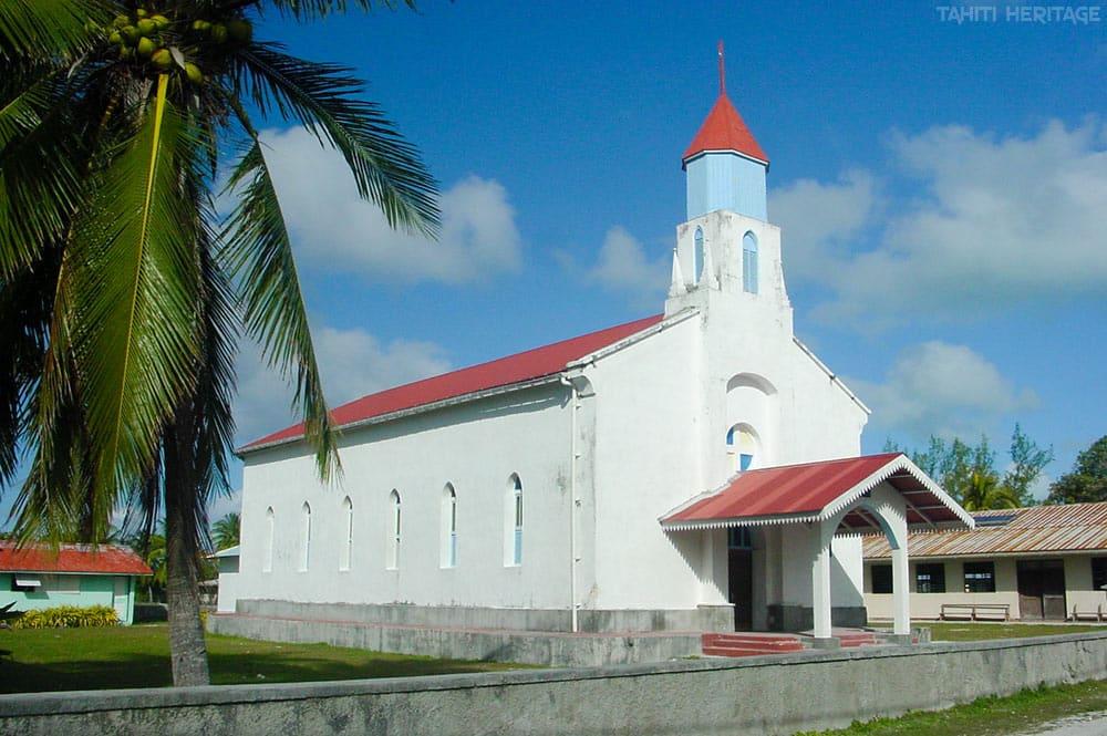 Eglise Saint-Joseph de Tukuhora à Anaa © tahiti Heritage