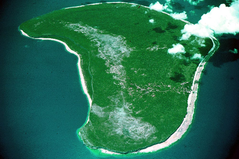 Atoll surélevé de Makatea vu d'avion