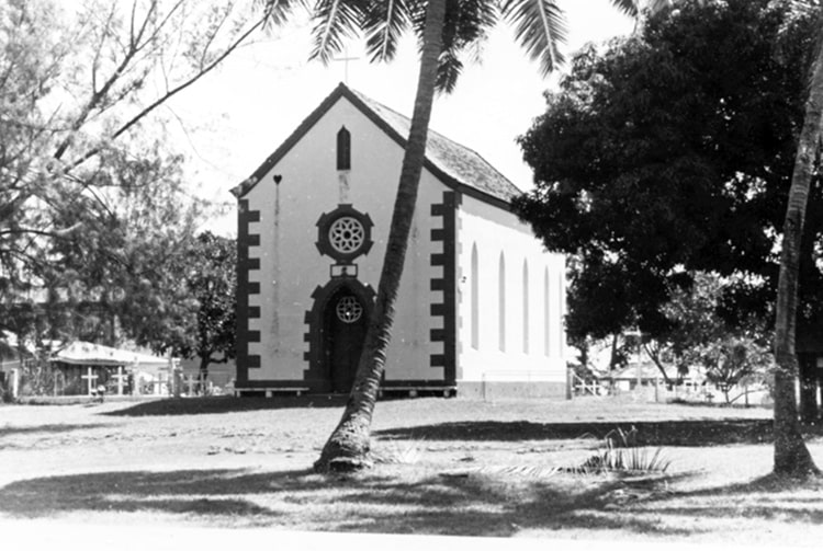 L'ancienne église de Mahina, en 1960