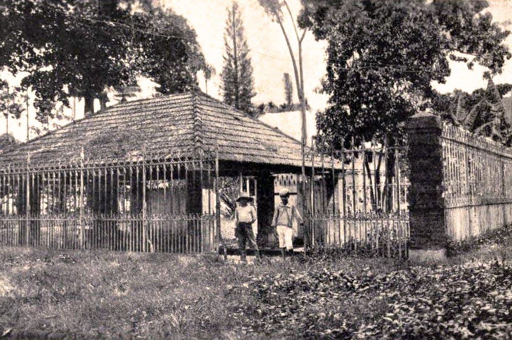 Les bains publics en 1920, place bougainville, Papeete