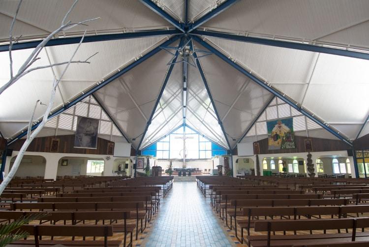 Intérieur de l'église Saint-Paul de Mahina, Tahiti 2015 © Tahiti Heritage