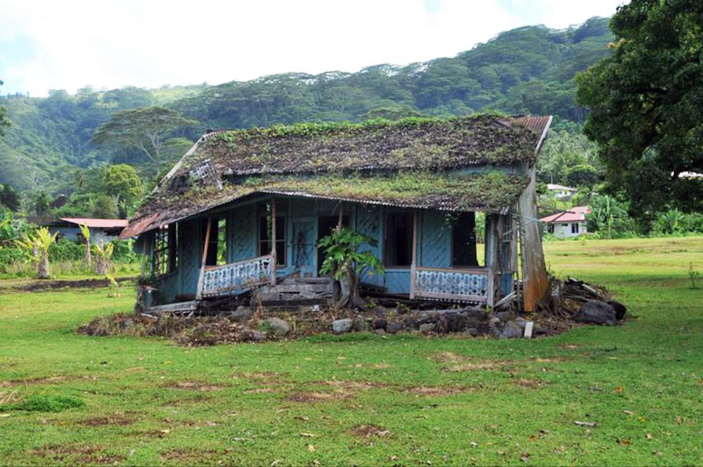 Ancienne maison de Teahupoo. Photo Alain Mailion