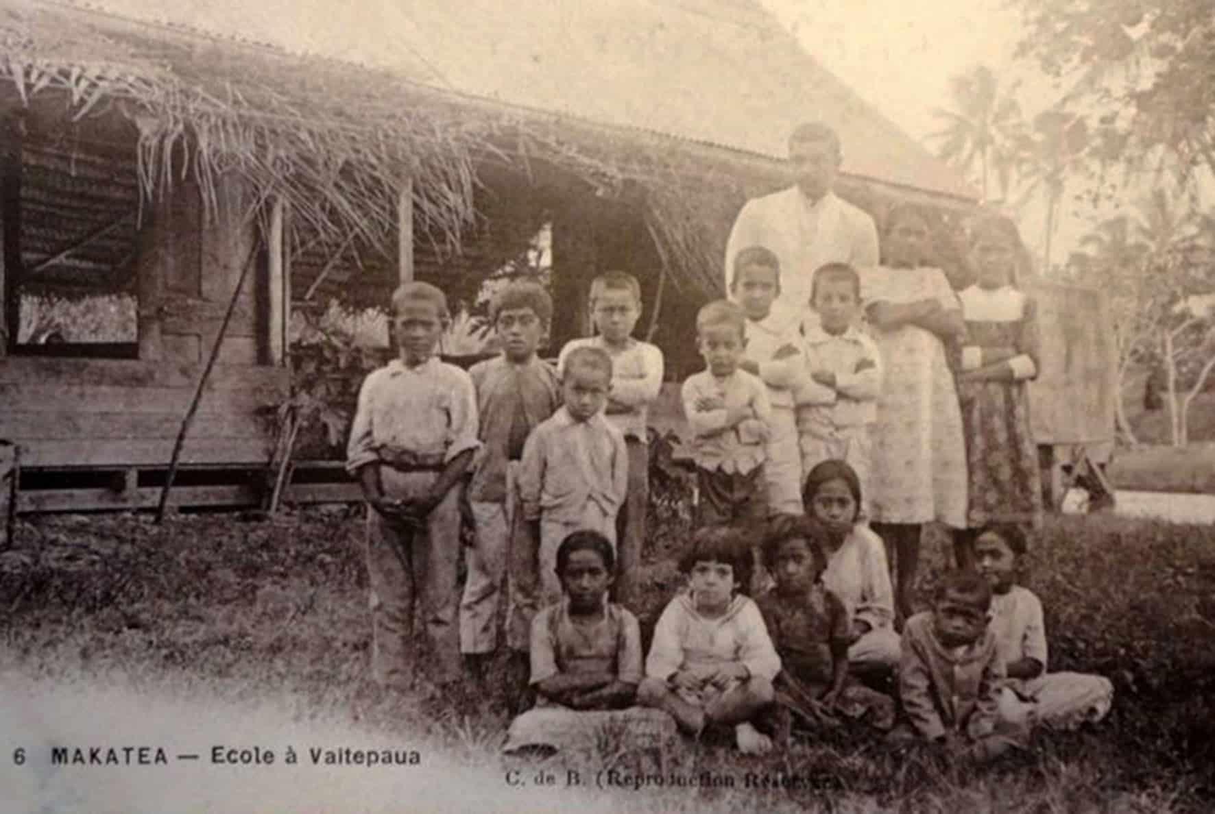 Ecole de Vaitepaua à Makatea vers 1925
