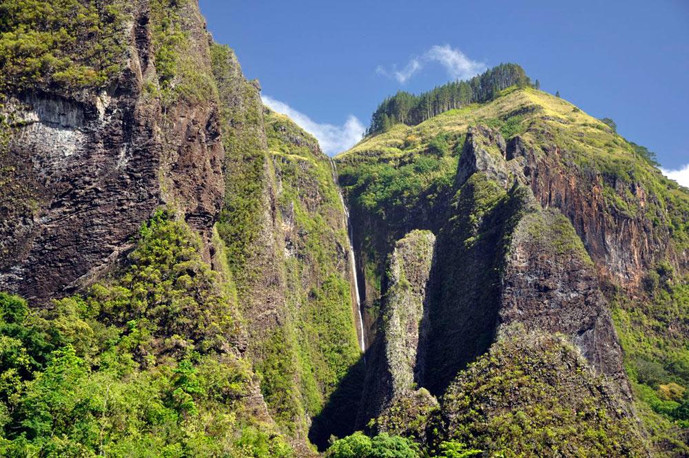 Cascade de Hakaui à Nuku Hiva. Photo jeansauc