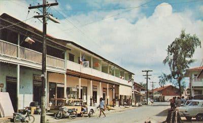 Village de Uturoa vers 1960