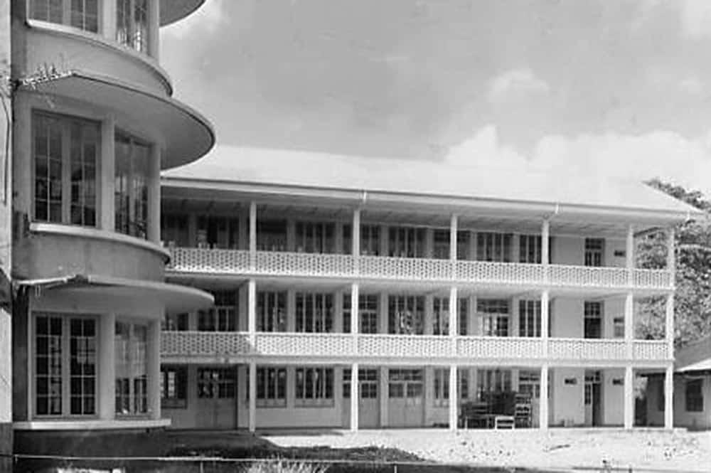 Le collège Gauguin lors de son inauguration en 1950
