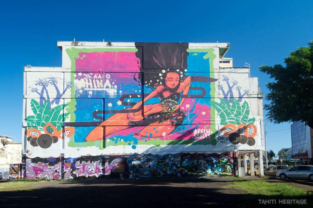 Street art, légende de Hina par Askew et Sofles, Papeete. Photo Tahiti Heritage