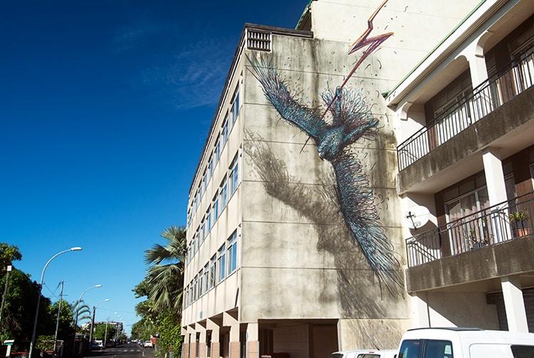 Street art, oiseau à Papeete.