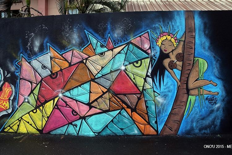 Street Art, vahine, école Sainte-Thérèse à Papeete