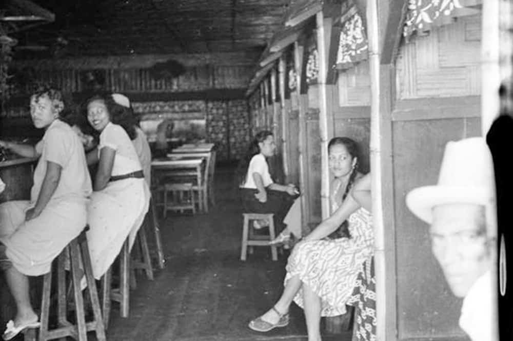 L'intérieur du Quinn's en 1952