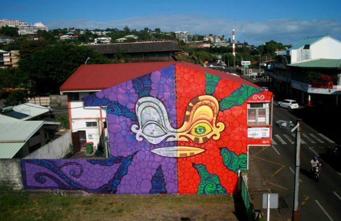 Fresque de Ia mana te nunaa à Papeete. HTJ Designs